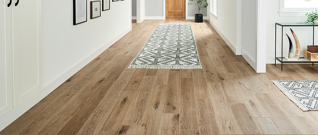 Modern Luxury vinyl plank: