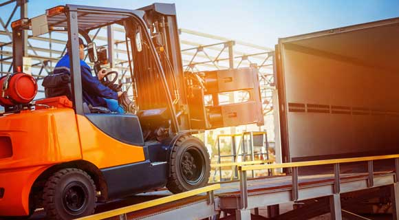 Basics Information About Forklift Hire