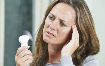 Tips to Choose Treatment Facilities for Curing the Menopausal Symptoms